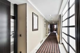 Hotel_city_pasillo_habitacion_01